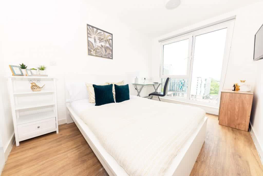 X1 Arndale House   Student Accommodation Liverpool   Standard Ensuite Room  Bedroom