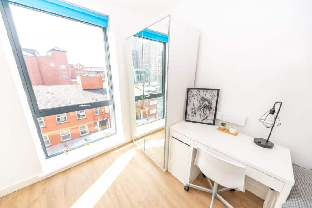 X1 Chapel Street | Balcony Room to Rent
