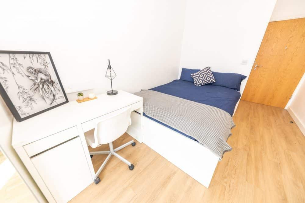 X1 Chapel Street | Double Room to Rent